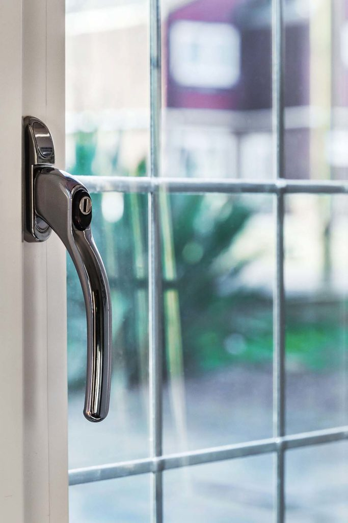 replacement windows handles