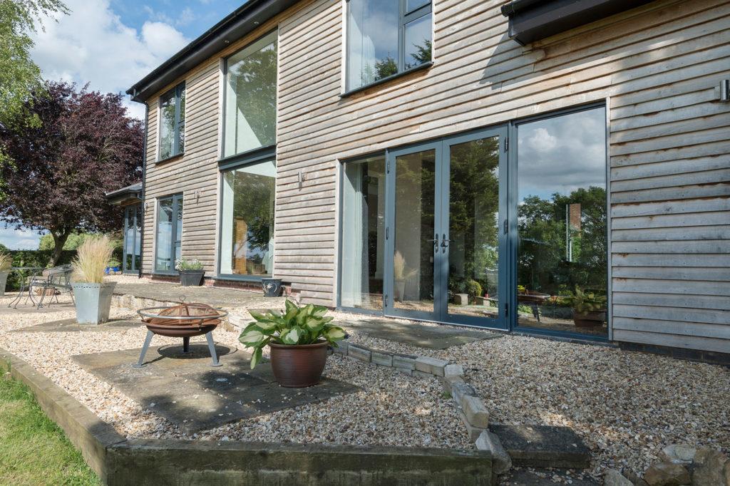 aluminium windows croydon style
